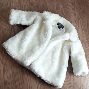 Winter white fur jacket size 6-9mo